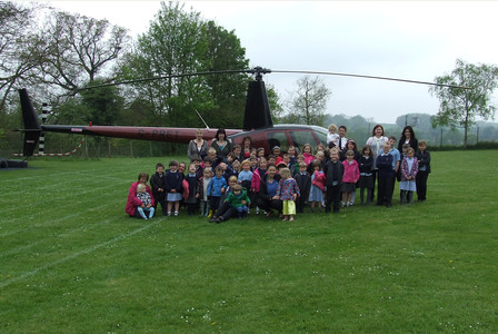 Captain Paul White visits Great Hormead First School and Leapfrogs Pre-school
